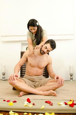 anmeldelser thai massage århus massagescort