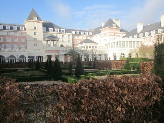 Ext Rieur Picture Of Vienna House Dream Castle Paris