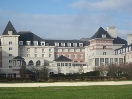 ext rieur picture of vienna house dream castle paris magny le hongre tripadvisor. Black Bedroom Furniture Sets. Home Design Ideas