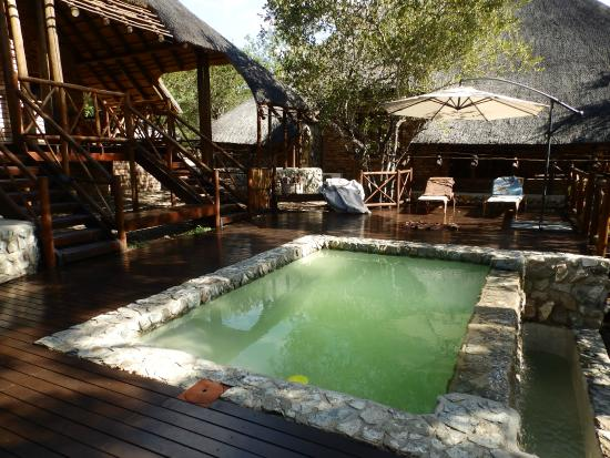 La Kruger Lifestyle Lodge: piscine