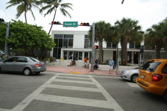 MDPL Art Deco Welcome Center: Art Deco Welcome Center