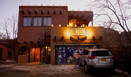La Dona Luz Inn, An Historic Bed & Breakfast: Front of La Dona Luz Inn