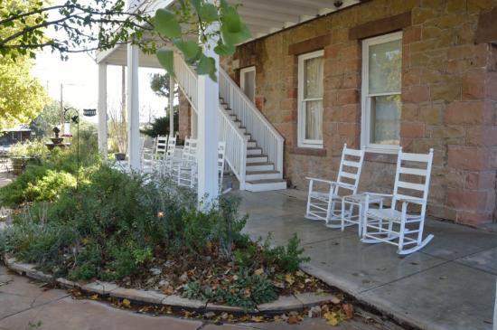 The Hotel Limpia : nice patio