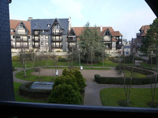 Mercure Deauville Centre : Vue chambre terrasse