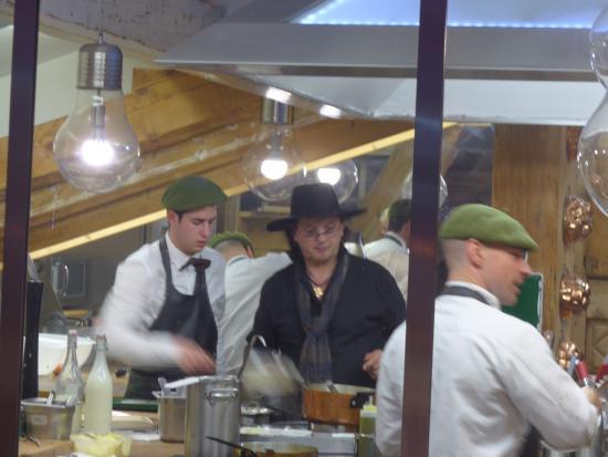 Manigod, Frankreich: Le chef en cuisine