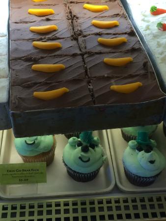 Deerfields Bakery