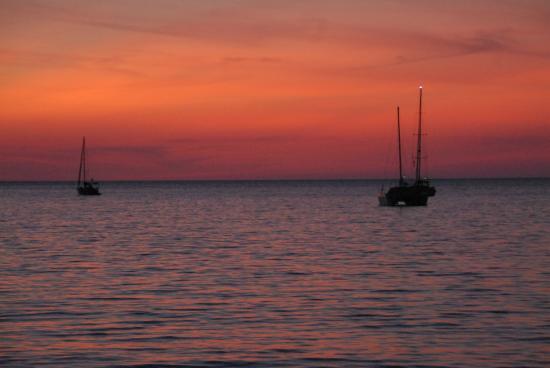 Tanamas House : coucher du soleil à Nai Yang Beach