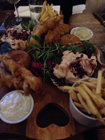 The Sawley Arms: Fish platter for 2