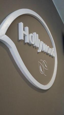 Hollywood Pizza & Restaurant