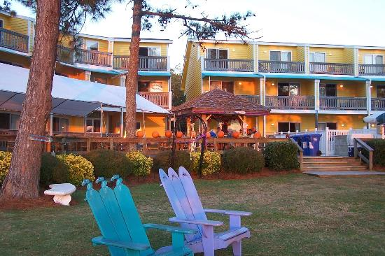 Oriental Marina Inn Hotel