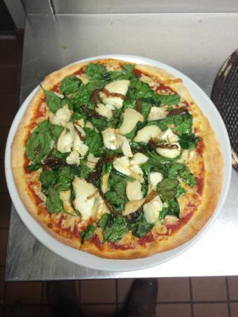 Figaro's Restaurant: Pizza spinach Fomagio