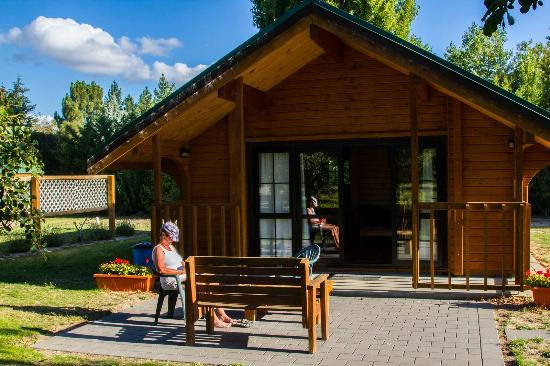 Mirabell Chalets: Looking at chalet 2