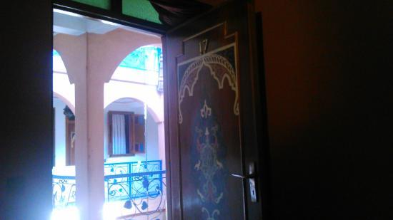 Riad Rahba Marrakech: Cela-zwana pokojem...