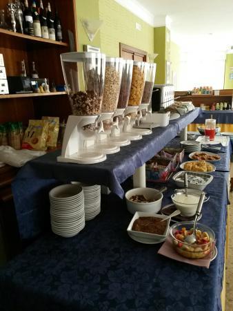 Hotel Angelini: Il buffet della colazione