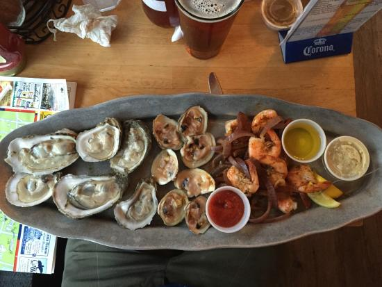 MJ's Raw Bar & Grille: Raw clam and oyster plus shrimp platter (various sizes available)