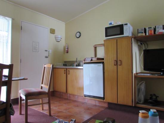 Turangi Leisure Lodge : The Kitchen