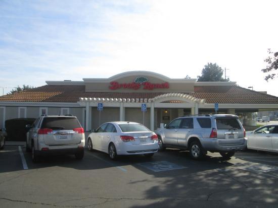 Reedley, CA: Brooks Ranch Restaurant