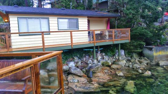 Pender Harbor Resort & Marina: cabin #6