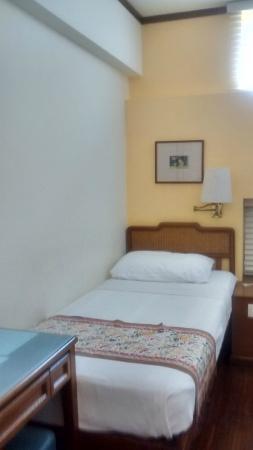 Perak Hotel: Room