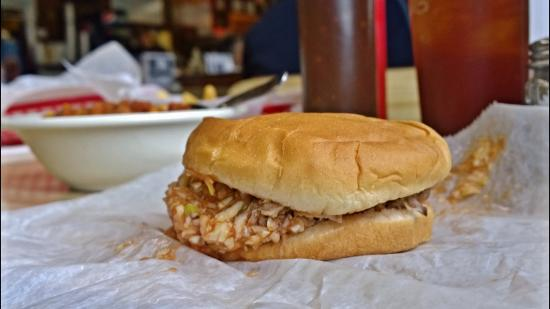 Tommy's Barbecue: Chopped Sandwich with red bbq slaw