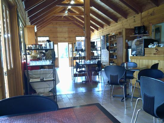 Sorell Fruit Farm: Inside the Cafe and shop