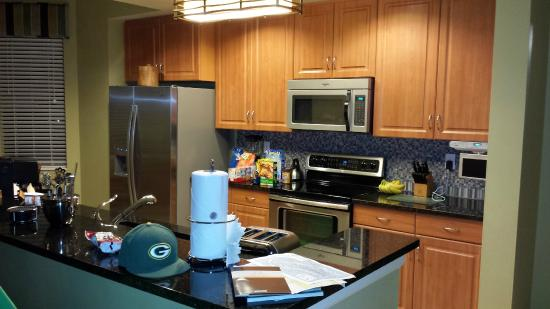 Holiday Inn Club Vacations Sunset Cove Resort: Kitchen