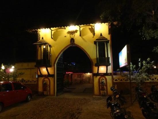 Goras Restaurant 9d5e72589db