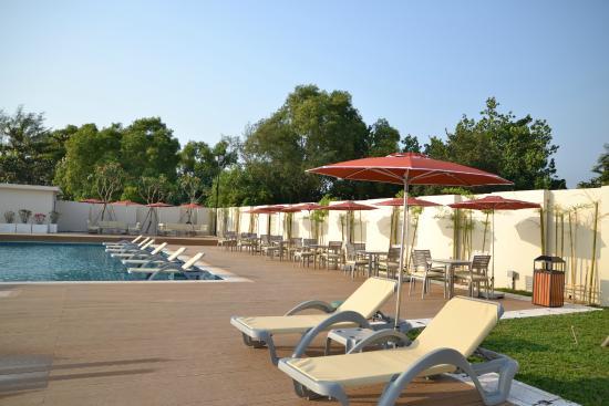 Holiday palace resort & casino lucky casino san francisco