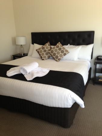 Lincoln Cottage Motor Inn: lovely room