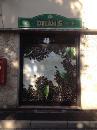 Dylan's Cafe