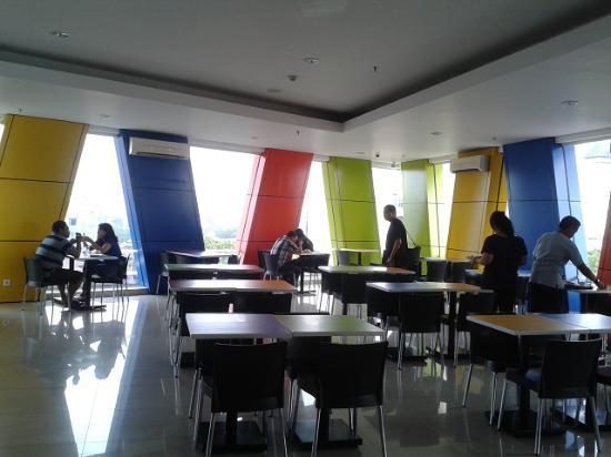 Hotel Amaris Pemuda Semarang : Resto