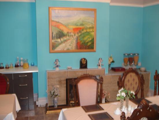 Garfield Lodge: dining room