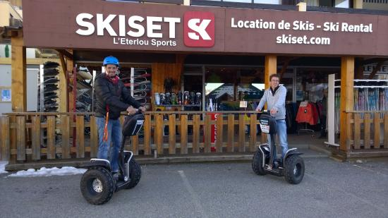 ‪L'Eterlou Sports-Skiset‬