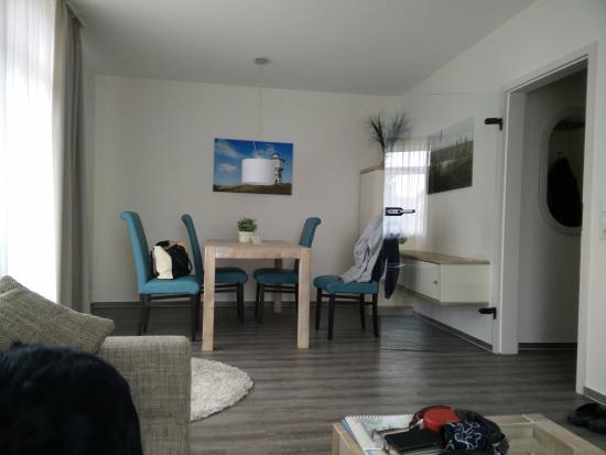 Charmant Hotel Hinrichs: Essbereich Wohnzimmer