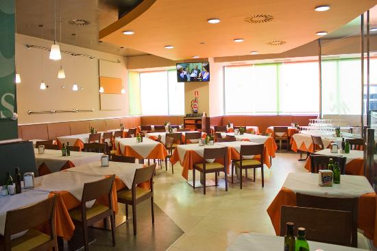 Restaurante Cafetería La Estación de 3 Cantos