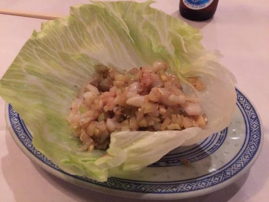 Blue Dragon Restaurant: Seafood San Choy Bow