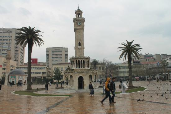 Izmir, Tyrkia: saat kulessi