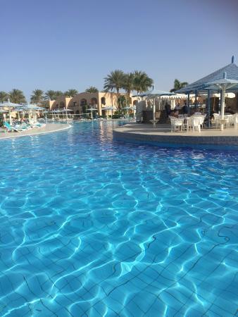 Ali Baba Palace: pool