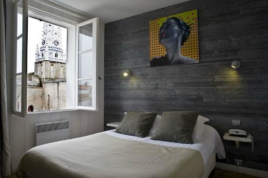 Hôtel le Clocher : Chambre double avec Vue sur le Clocher d'Ars