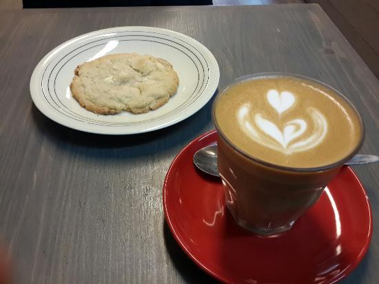 Agostini Café : Coffee to go AS