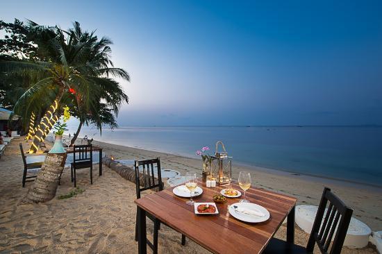Vela Beach Lounge
