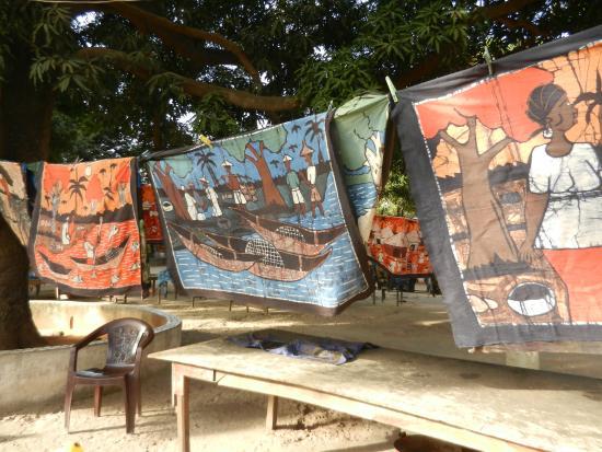Kotu, Гамбия: Batik