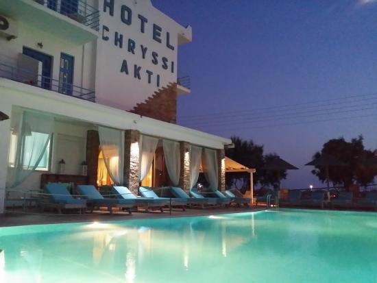 Hotel Chryssi Akti : pool