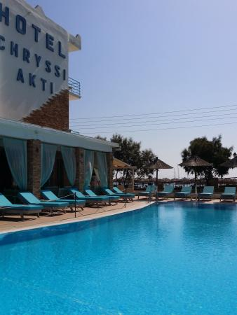 Hotel Chryssi Akti: Exterior  - pool