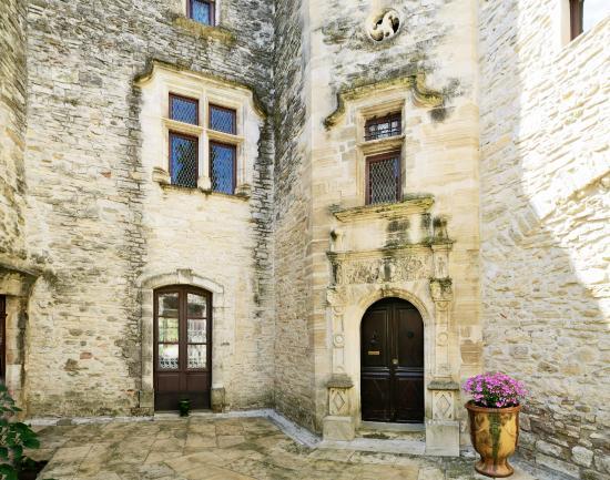 Office de tourisme de Vézénobres : Hôtel de Montfaucon, dans la cité basse
