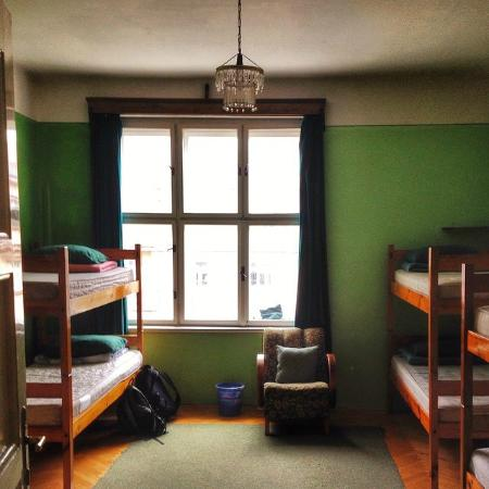 Poets Corner Hostel Olomouc: The 8 bed suite