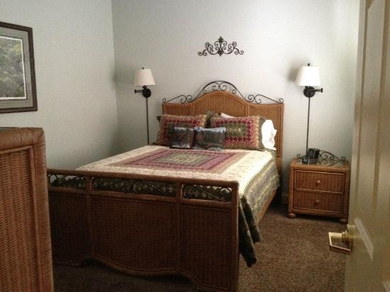 James Gettys Hotel: Overall - bedroom