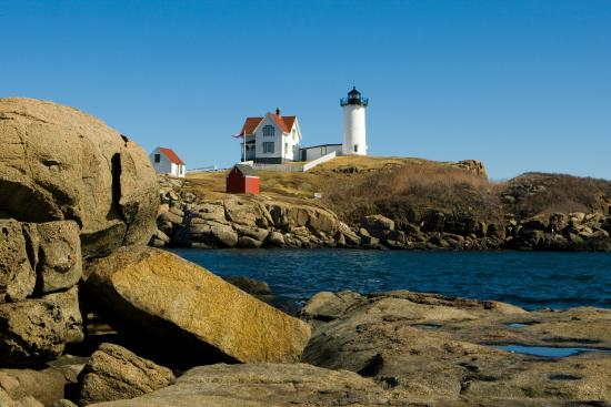 Dockside Guest Quarters and Restaurant : Cape Neddick Light House