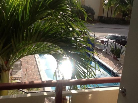 Ocean Breeze Motel: vista do quarto