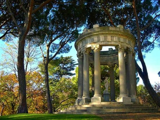El capricho foto di parque de el capricho madrid for Jardin historico el capricho paseo alameda de osuna 25